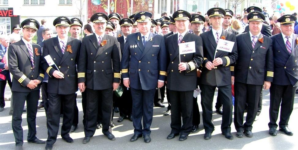 ОАО «Ижавиа» на Первомайском параде! — Новости — Ижавиа ...
